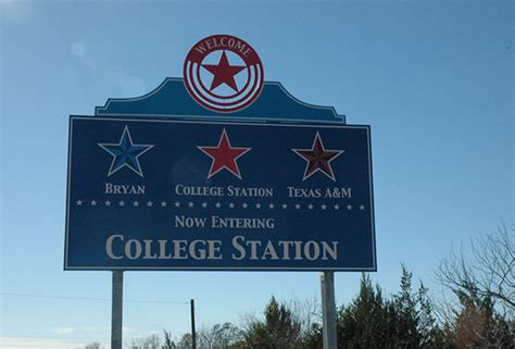 new years college station city wayfinding system national sign plazas