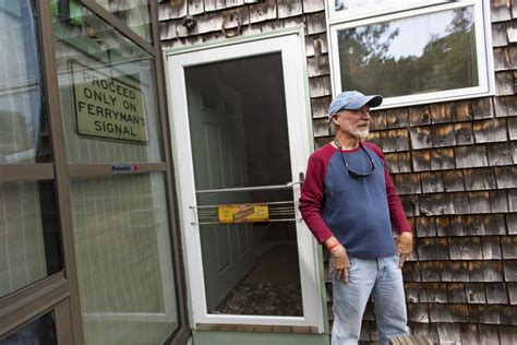 Who Lives Next Door by Plan For Construction Of Up To 14 Condos Makes Waves On Peaks Island The Portland Press Herald