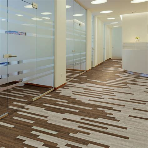 pattern lvt mannington nature s path vinyl planks looks like wood
