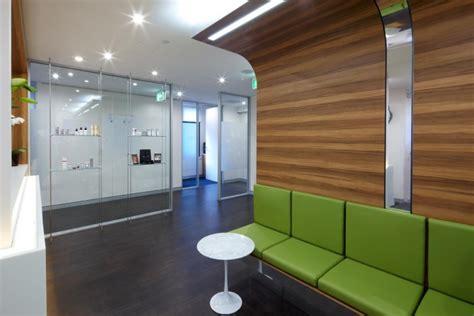 Clinic Interior Design by Modern Pediatric Clinic Interior Design Studio