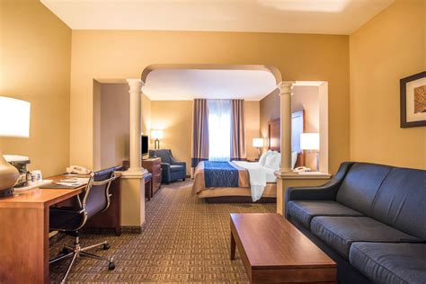 comfort inn and suites dover comfort inn and suites dover in portsmouth hotel rates