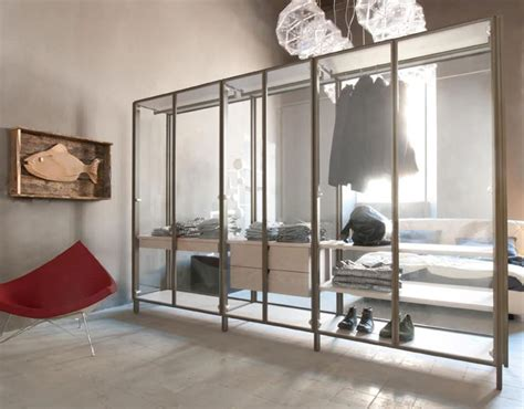 Free Standing Walk In Closet by Freestanding Modern Walk In Closet Walk In Closet