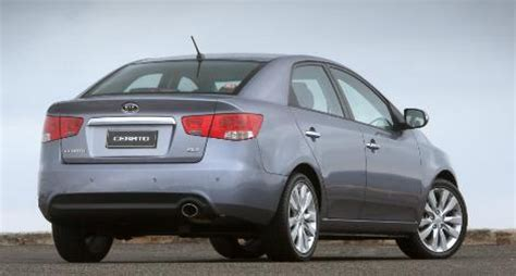 Kia Cerato 2014 Specs Kia Cerato 2014 2015 Uae Prices Gcc Car Specs Reviews