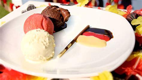 lavorare in germania come cameriere lavoro gelateria in germania thegastrojob