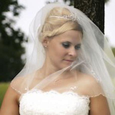Brautfrisuren Halblange Haare Mit Schleier by Brautfrisuren Mit Schleier Lange Haare