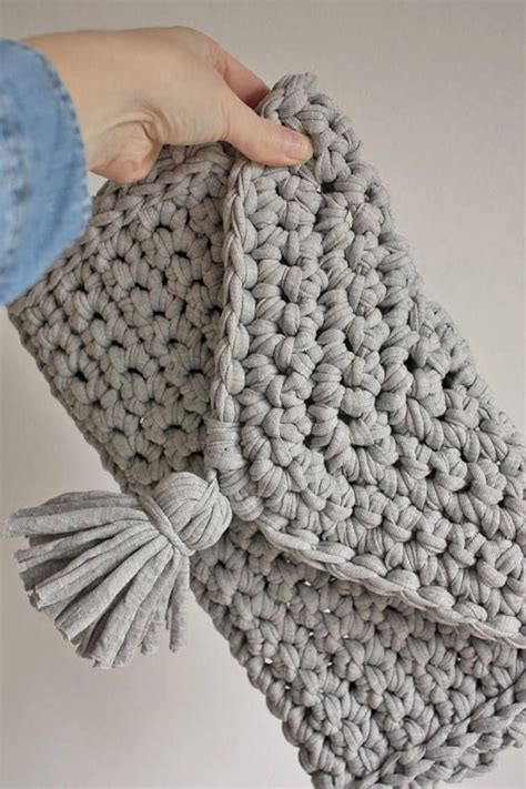 t shirt yarn clutch pattern chunky knit crochet clutch bag knitted bag t shirt yarn