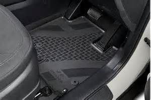 genuine hyundai ix35 new tailored rubber all weather floor