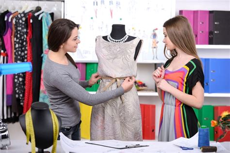 pattern maker fashion jobs uk how to become a fashion designer what do fashion