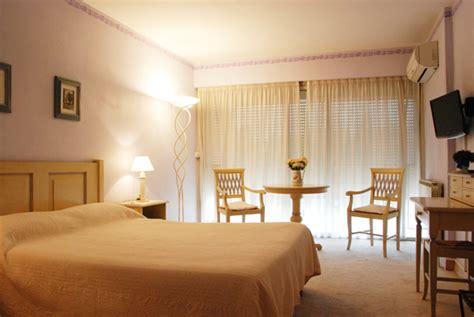 reservation chambre hotel le castellan istres reservation chambre istres