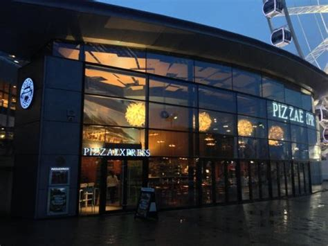 express liverpool restaurant exterior picture of pizza express liverpool