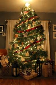 tree decoration themes interior cheerful design with tree with