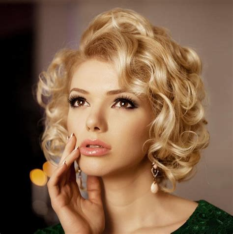 hairstyles marilyn monroe curls blonde hair styles gallery slideshow