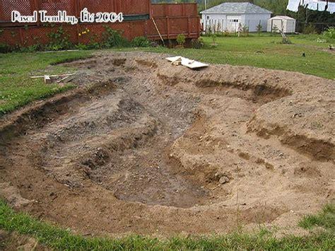 Digging A Backyard Pond by Build Pond Water Garden Design Backyard Pond Diy