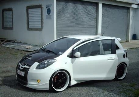 Knalpot Mobil Toyota Yaris modifikasi mobil toyota yaris rs 2007 tabloid ototrend