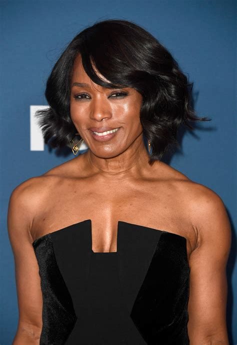 Angela Bassett Hairstyles by Angela Bassett Curled Out Bob Angela Bassett