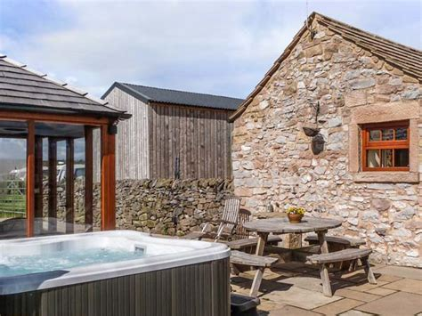 Cottage Tub Peak District by The Cow Shed Alport Peak District And Derbyshire Self
