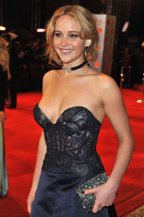 sexy pictures of celeb jennifer lawrence sexy pictures popsugar celebrity photo 19