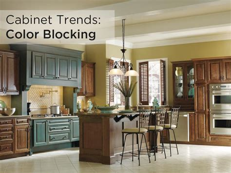 this decora kitchen featuring hawthorne cabinets with mink and turquoise rust finishes is