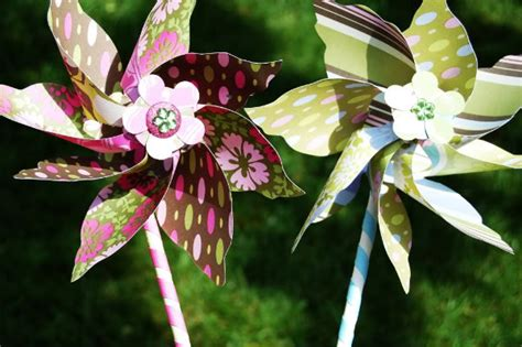 How To Make Pinwheel Flowers From Paper - whimsical diy paper decorations