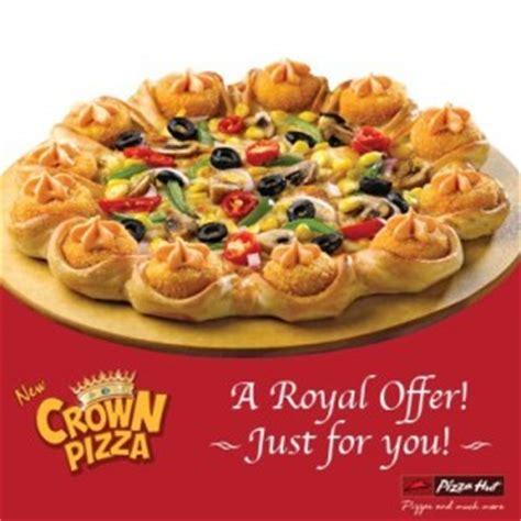 pizza hut crown pizza 50 off savemoneyindia