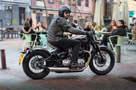 Motorrad Hnlich Triumph Bonneville neu triumph bonneville bobber news motorrad