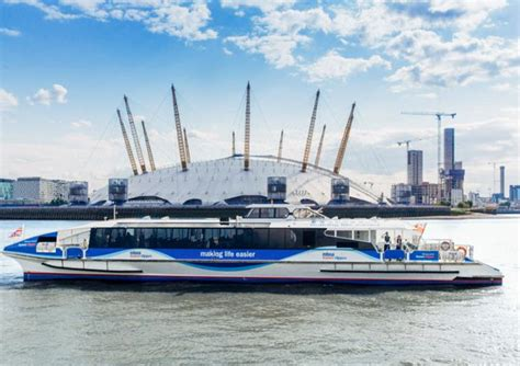 thames river boats schedule the london eye london dungeon free thames clipper