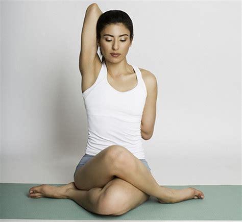 imagenes de yoga en la cama asanas yoga yoga gu 237 a fitness