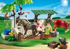 country box de soins pour chevaux playmobil le centre