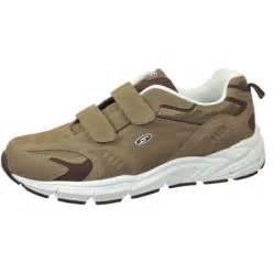 dr scholl s s walking shoes dr scholl s mens issac walking shoe walmart