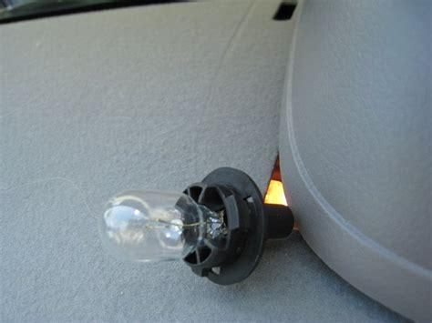 2006 nissan altima brake light bulb nissan altima brake light nissan altima 3rd brake light