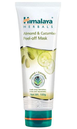 Masker Himalaya Herbal almond and cucumber peel mask from himalaya herbal