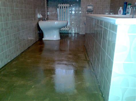 pavimenti in resina trasparente cominodecori resina per pavimenti
