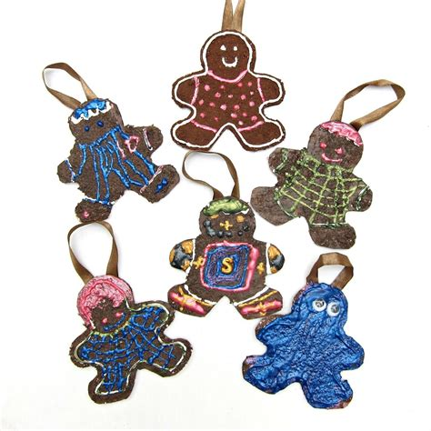 gingerbread ornaments diy family of gingerbread ornaments morena s corner