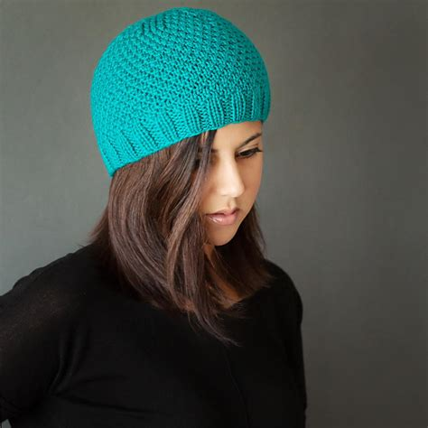 easy knitted beanies free patterns chic knit beanie pattern allfreeknitting