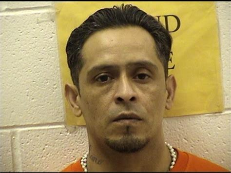 Carlsbad Nm Arrest Records Eric Florez Inmate 9011 Curry County Detention Center Near Clovis Nm