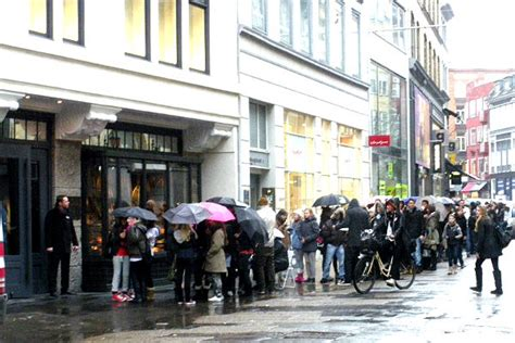 Copenhagen To Queue For Shortcut 4 by A Cold Welcome For Abercrombie Fitch In Copenhagen A Gold