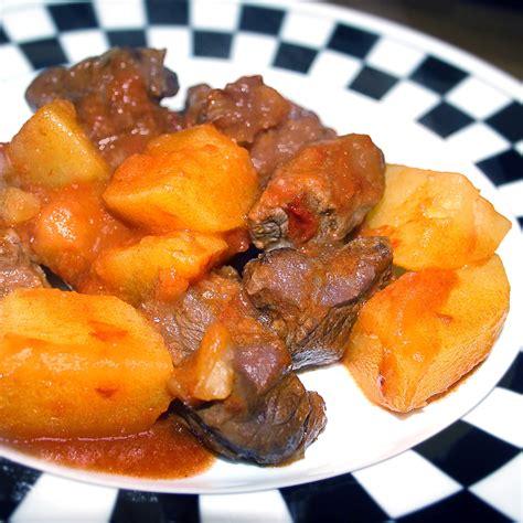 cucinare spezzatino con patate spezzatino con patate alla birra la cucina di claudio