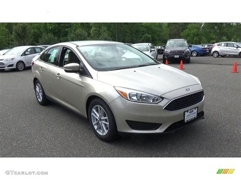 White Gold Photos by 2017 White Gold Ford Focus Se Sedan 120660294 Photo 5