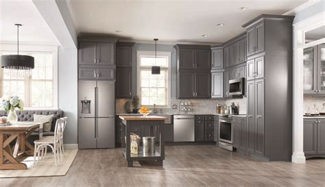 kitchens collections lifestyle samsung canada the samsung chef collection are reinventing the home do the
