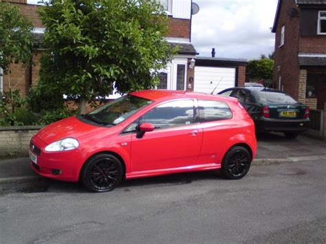fiat grande punto alloy wheels styling black 1 9 alloy wheel photos the fiat forum