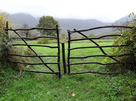 build wooden farm gates  plans