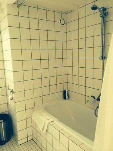 badkamertegels voegen vervangen voegen wit krijgen