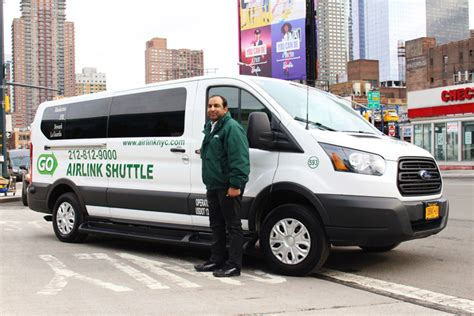 airport shuttle laguardia airport shuttle go airlink nyc