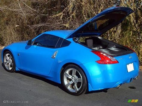 blue nissan 370z monterey blue 2009 nissan 370z coupe exterior photo