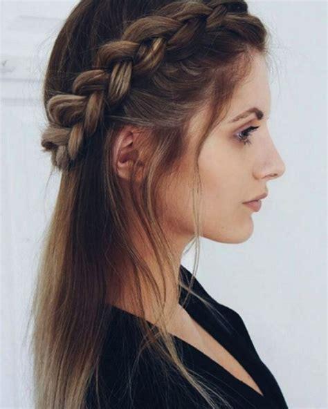Wedding Hairstyles Half Up Half Plaits by Best 25 Plait Braid Ideas On Plaits
