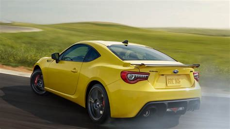 Toyota Subaru Toyota 86 Vs Subaru Brz Buy This Not That