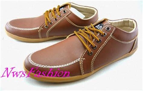 Kulit Asli Sepatu Boots Kickers Pria Casual Terlaris Termurah trend sepatu boot pria 2014 holidays oo