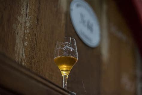 bicchieri birra belga la birra lambic hello taste