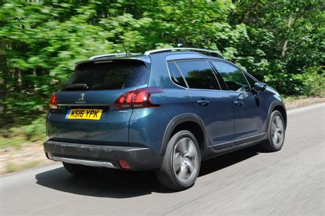 peugeot suv 2014 peugeot 2008 suv 2014 pictures carbuyer