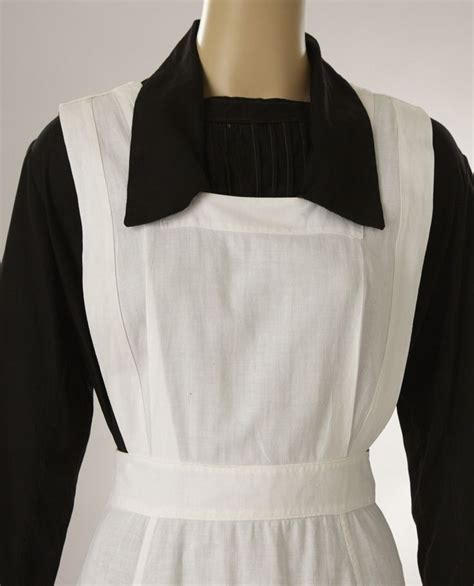 pattern for maids apron nurse or maids uniform black dress w white pinafore apron